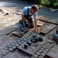 Stein- und Plattenarbeiten